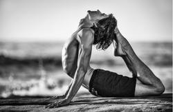 Yoga Homme