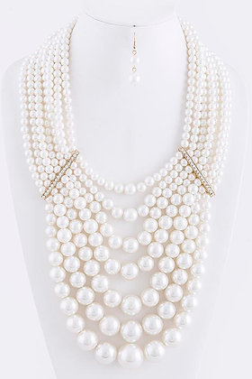 OVERSIZED MULTI PEARL LAYERED NECKLACE SET