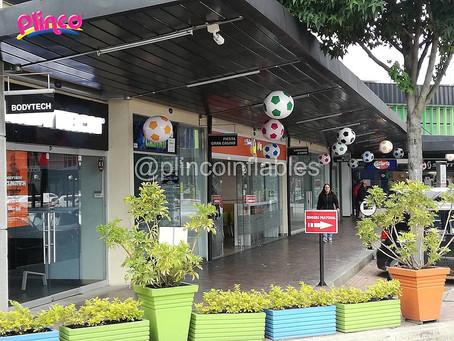 Balones inflables protagonistas en los centros comerciales