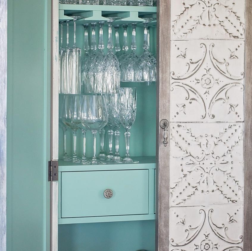 Dining Room_Wine Cabinet-1
