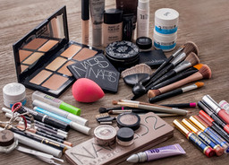 Makeup Makeover - Must Haves for Your Makeup Bag