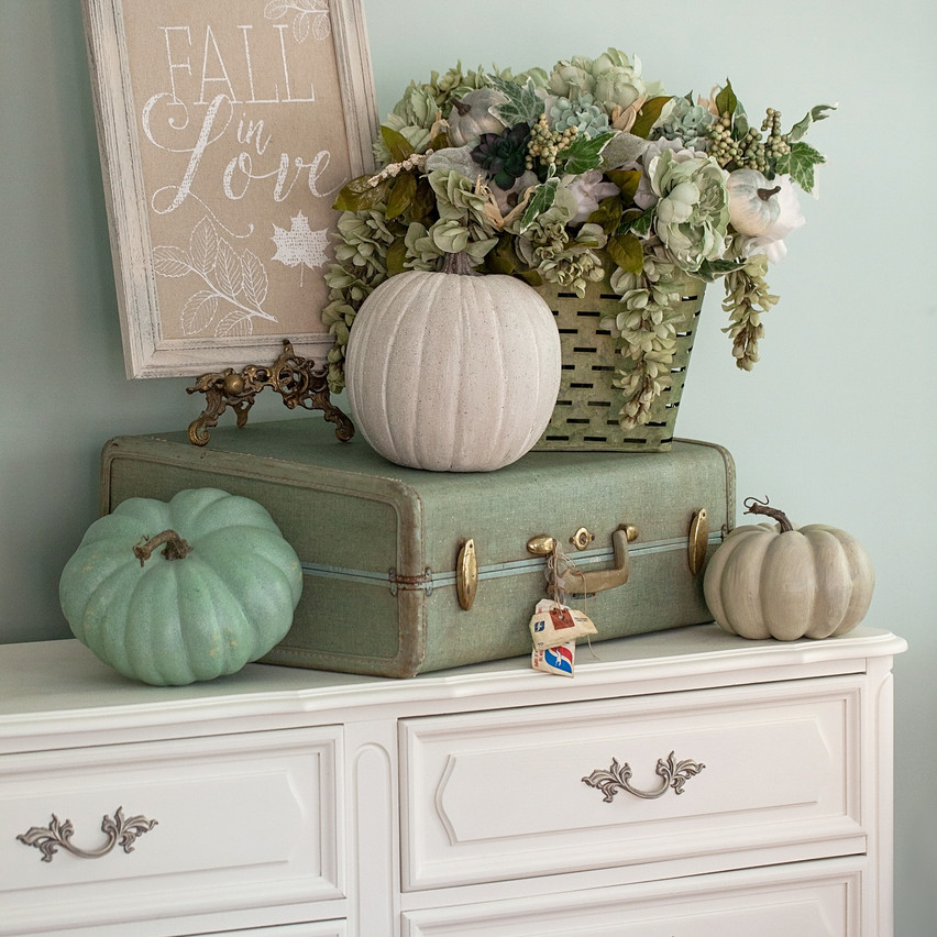 Fall Decor_2017-14_AutoCol50