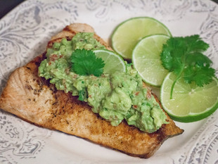 Whole30 Zesty Guac-Topped Salmon