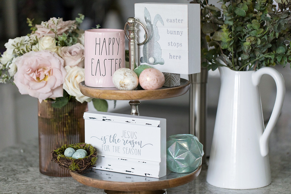 Easter Decor, Easter Tiered Tray Idea Inspiration, Spring Decor, Spring Decorating Ideas, Holiday Decorating, Easter Decorations, Easter Decorating Ideas