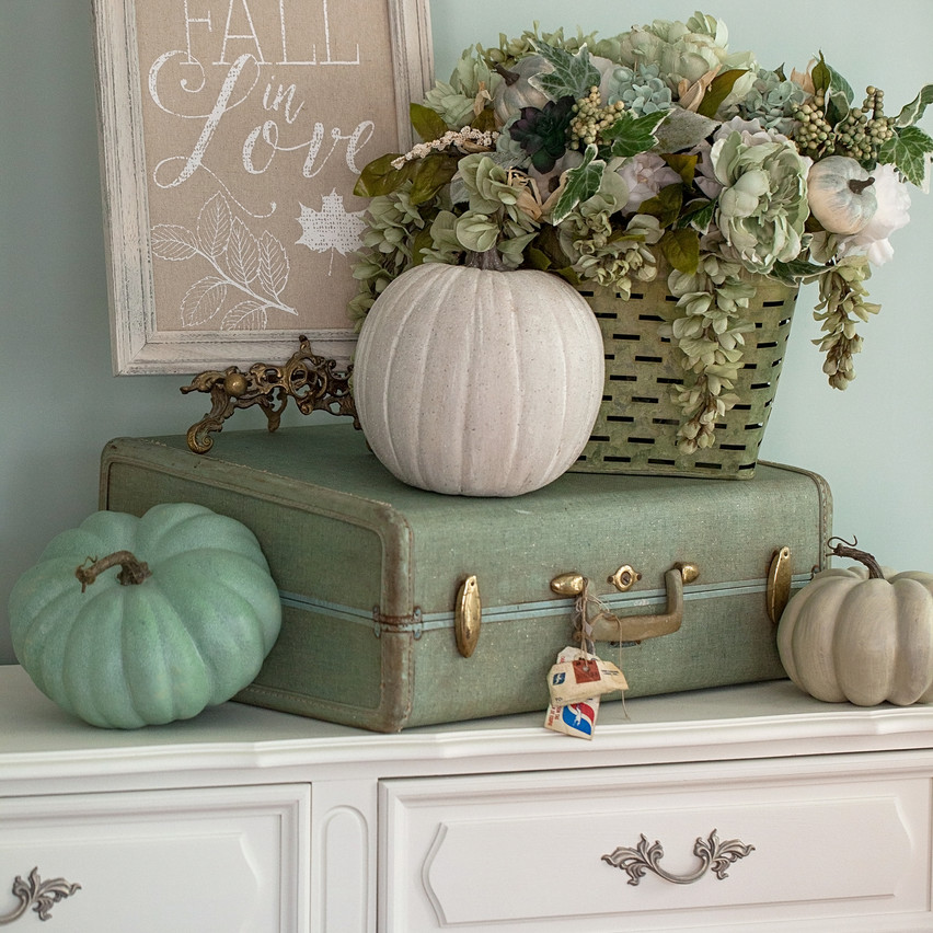 Fall Decor_2017-16_AutoCol50