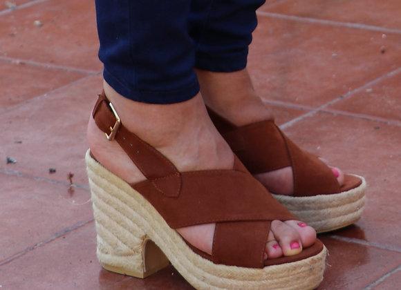 Sandálias altas camurça