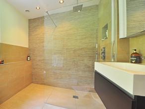 Undichte Dusche - kein Leitungswasserschaden?