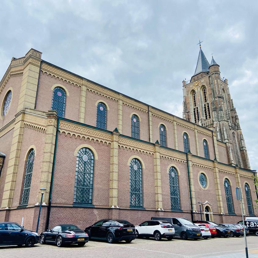 הכנסיה הגדולה נבנתה בשנת 1263