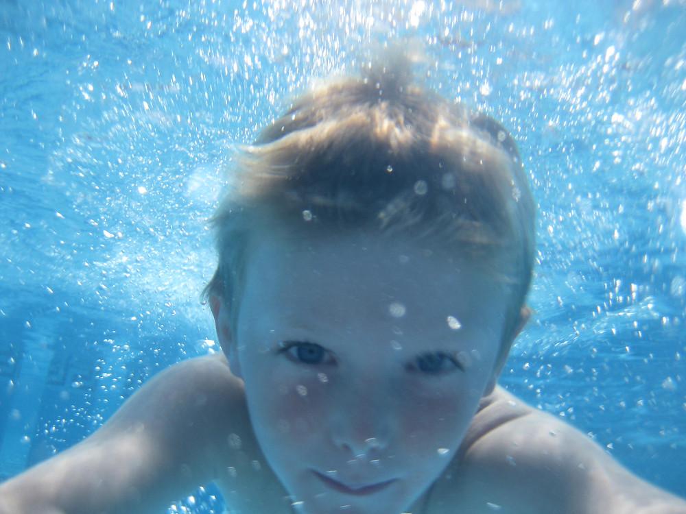 Aqualife Swimming building confidence