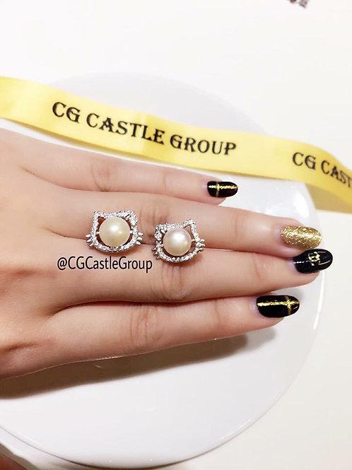 CG One Pearl Kitty Earring
