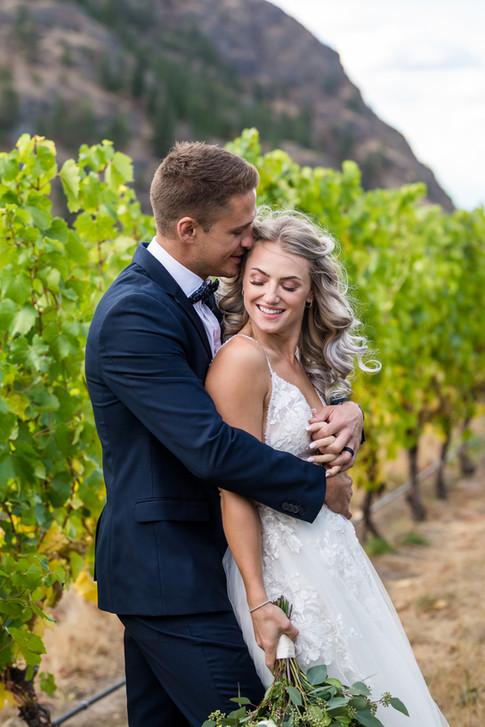 Theresa Easter, Kelowna wedding photographer