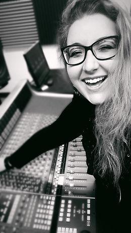 Aleyna Brown audio engineer music production