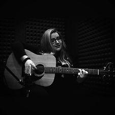 Aleyna Brown_guitar.jpg