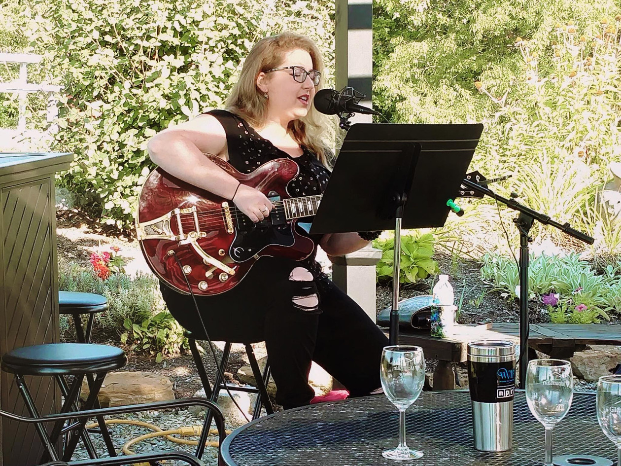 Aleyna LIVE at Giles Mountain Winery