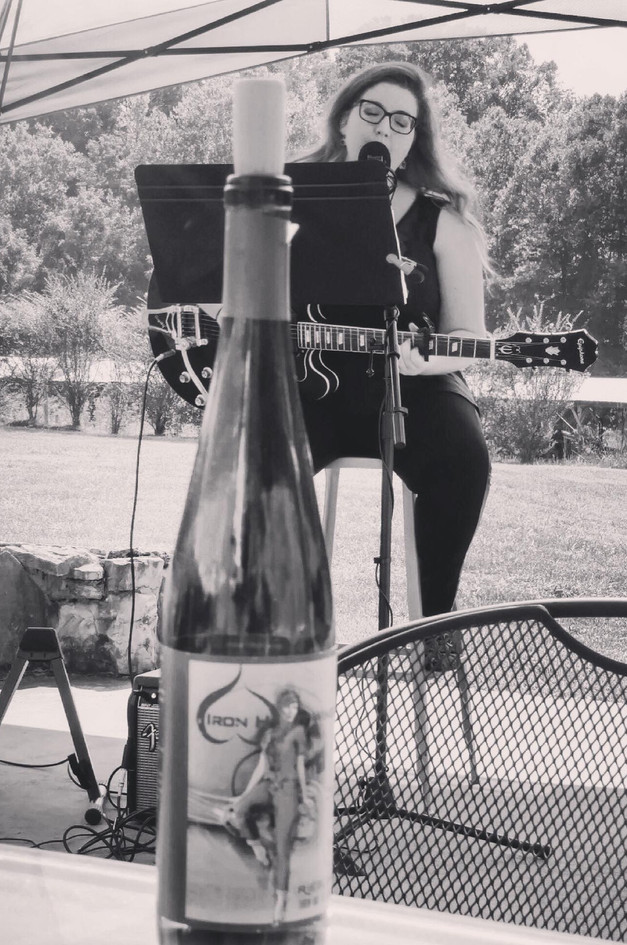 Aleyna LIVE at Iron Heart Winery