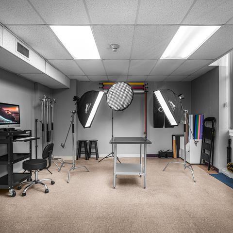Vhector Shots - Studio Interior II