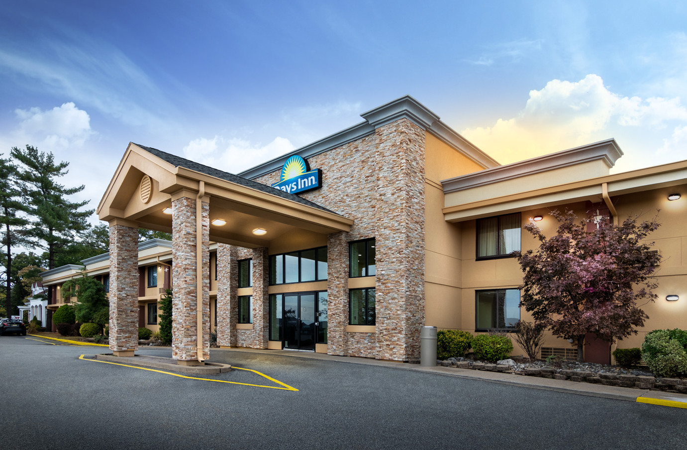 Days Inn Photoshoot-3.jpg