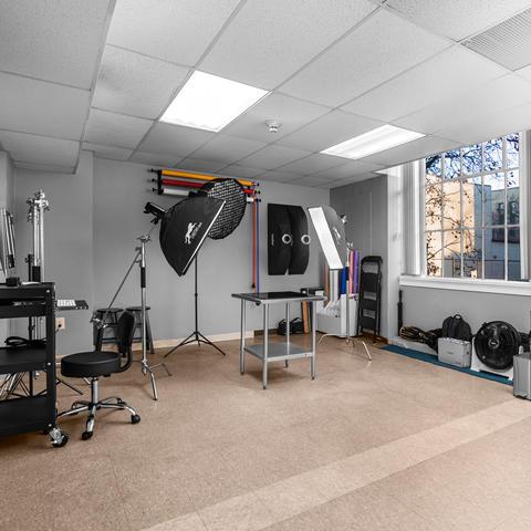 Vhector Shots - Studio Interior III