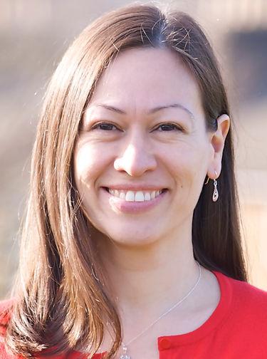 Portrait picture of Karen Clayton