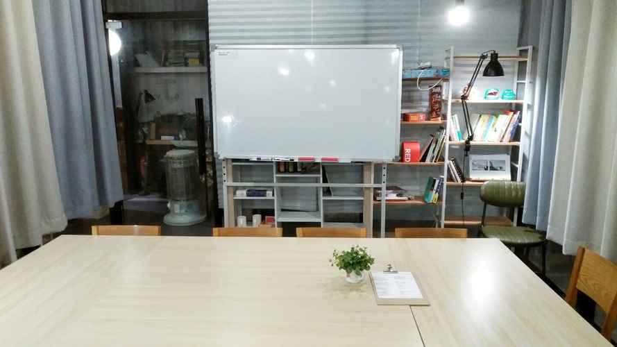 소셜팩토리 홍대 스터디룸 회의실 파티룸 J (3).jpg