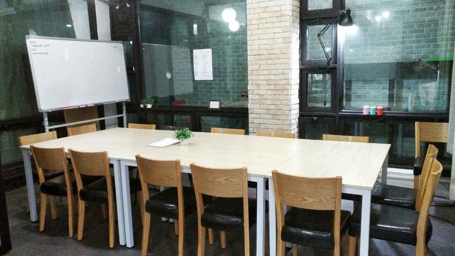 소셜팩토리 홍대 회의실 스터디룸 H (2).jpg