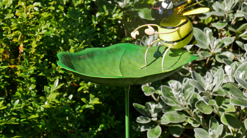 Bee Bird feeder on stake
