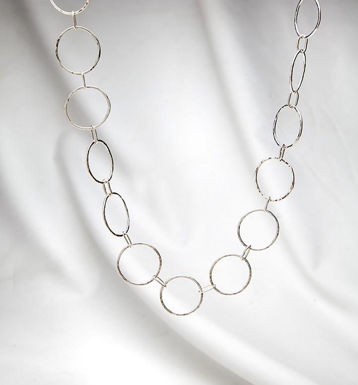 Round link necklace