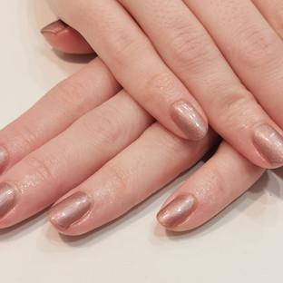 shimmering natural gel polish