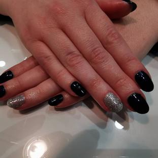 accent nails to add some glitz