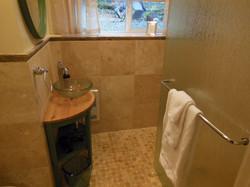 Arbutus Room Private Bath