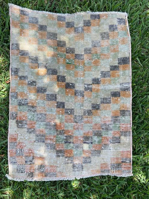 Faye Vintage Rug 2.8' x 2'