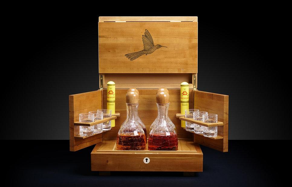 LDC-Liquor-Front-open-small-bird.jpg