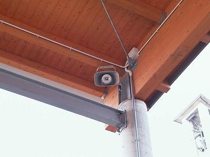 esempio-di-impianto-audio-esterno-baregg