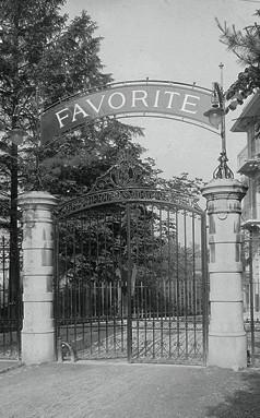 Eingangstor Schanzeneckstrasse