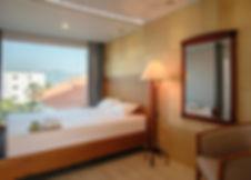 Room 02-1.jpg