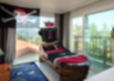 Room 03-1.jpg