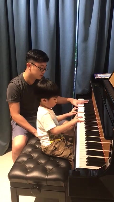 4-year-old student playing 'We are Singapore'