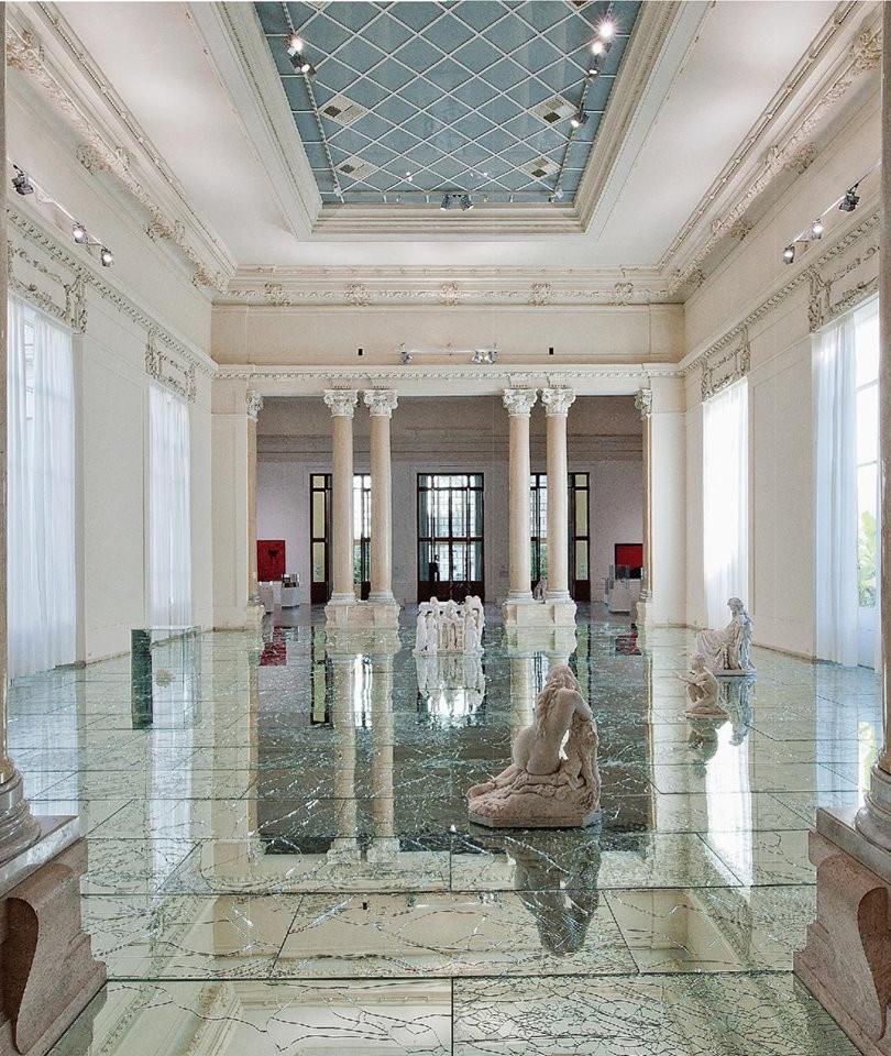 Mirrored floor Alrefredo Pirri Rome.jpg