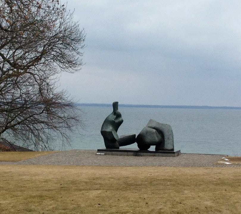 Louisiana museum with view of Sweden.jpg