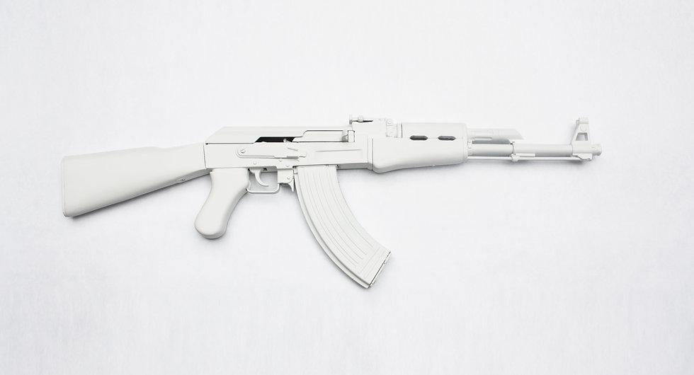 MdeP-AK47-Blanc-Bataclan-Art-Art contemp