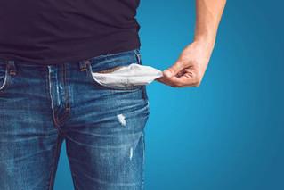 Entenda as novas regras do cheque especial e se vale a pena parcelar