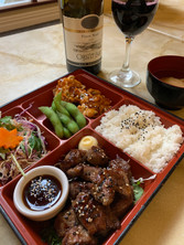Angus beef bento and Oyster bay merlot