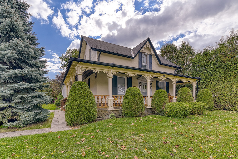 A home in Bowmanville, Ontario featured for sale in Oct, 2020
