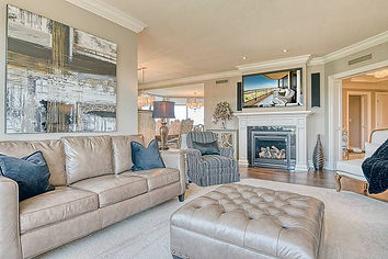 Real Estate Photography - Living Room Example Photo - resize 2.jpg