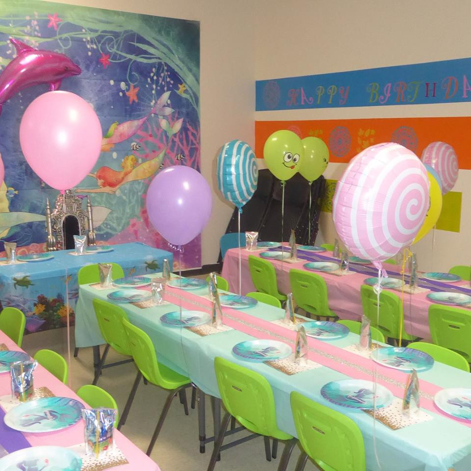 Themed decorated room