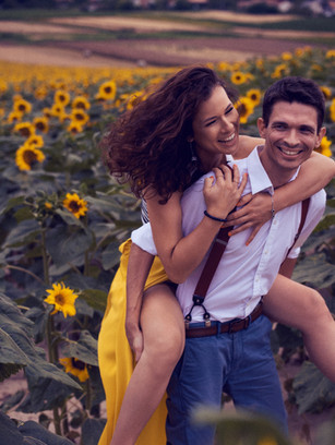 Engagement with sunflower