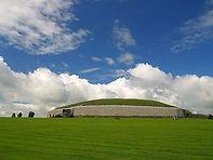 Newgrange_passage_tomb.jpg