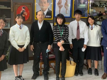 [イベント]伊丹北高校の生徒さんが商店街の取材に来てくれました