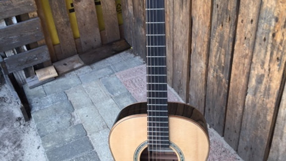 Acoustic KW series front view