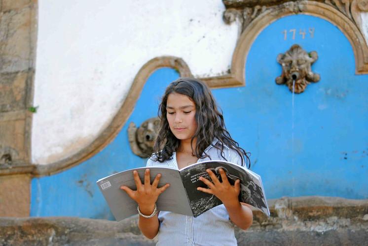 menina sarau literário 2012